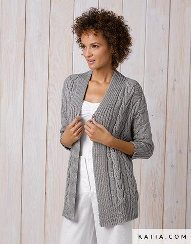Patrón gratis chaqueta mujer trenzas dos agujas