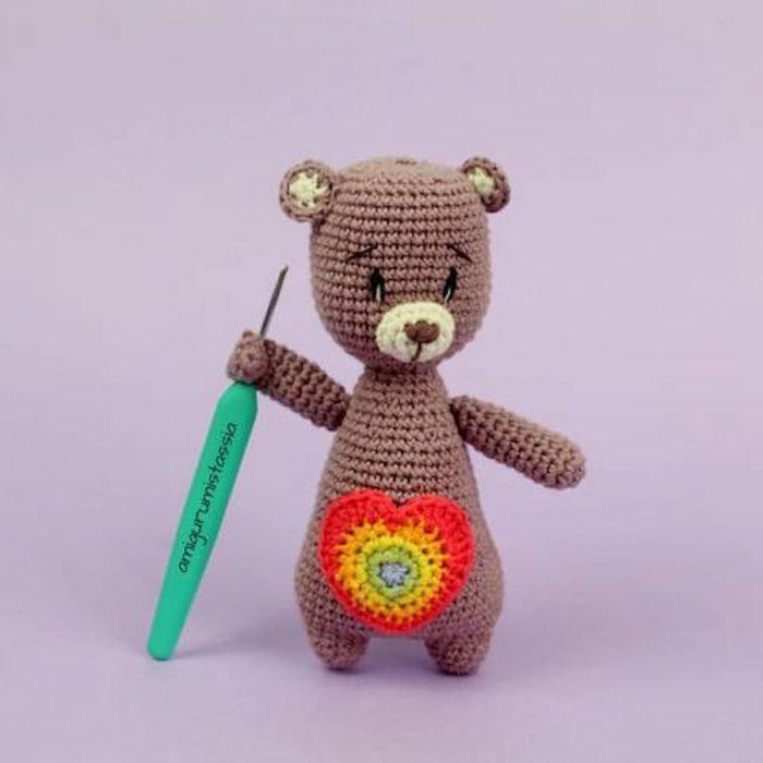 oso solidario amigurumi crochet