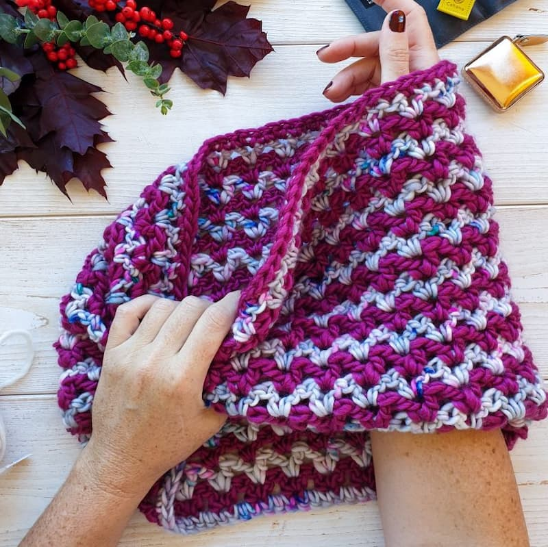 Patrón gratis cuello crochet