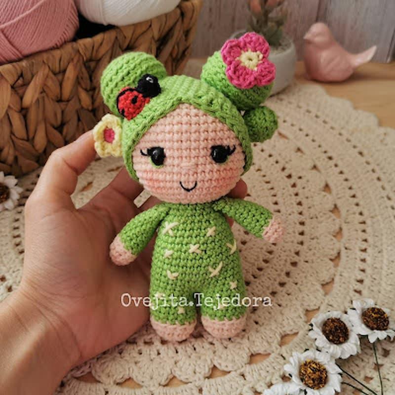 Patrón gratis muñeca cactus cactrina amigurumi